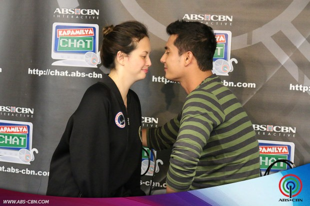 PHOTOS: Team Ibon Ellen Adarna and Ejay Falcon, game na game na naki-pagchikahan sa Kapamilya Chat